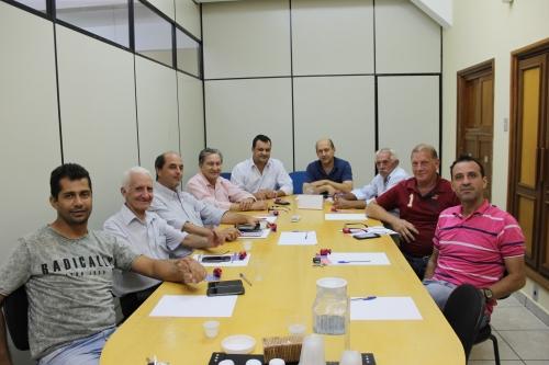 Executivo e Legislativo fazem reunião de trabalho