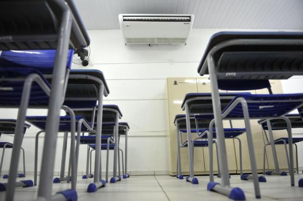 Vereadores pedem ar condicionado em escolas e creches