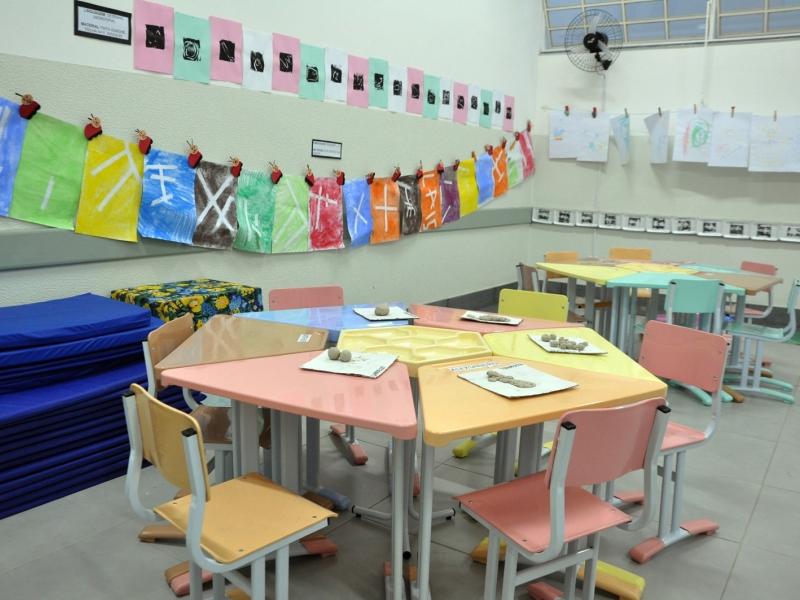Vereadores indicam ao prefeito a construção de mais salas de aula da escola de tempo integral