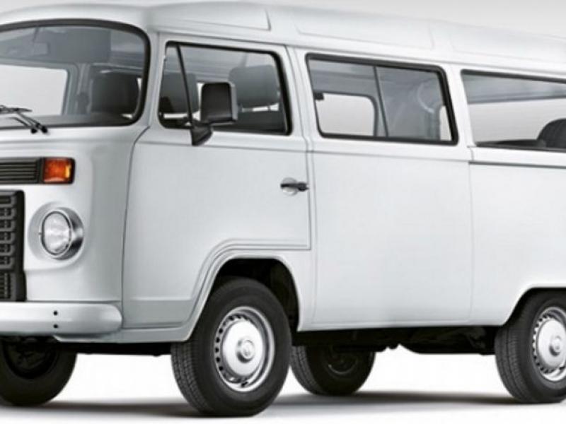 Vereadores pedem compra de veículo Kombi para transporte de funcionários
