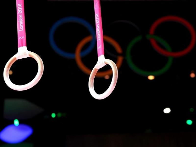 Vereadores Rafael Nizato, Aldo Estéfano, Osmar Isac, Leléu, Fábio Pião e José Fachin pedem espaço para treinamento de ginástica olímpica