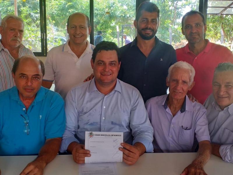 Vereadores fazem indicação ao Deputado Federal Eugênio José Zuliani
